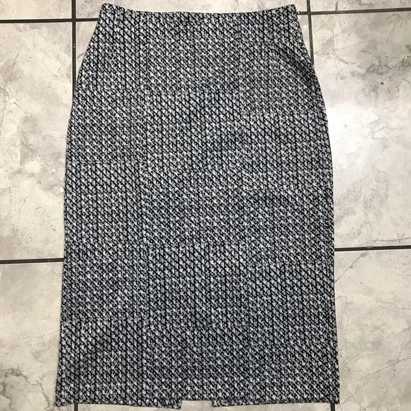 New York & Company Dresses & Skirts - Pattern Skirt